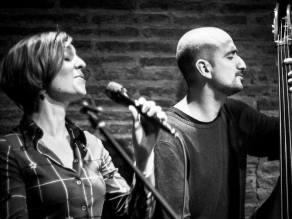 Juan Pablo Balcazar con Carola Ortiz